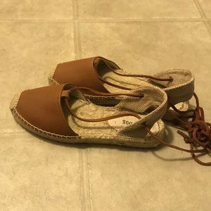 Soludos Lace Up Espadrille Size 7